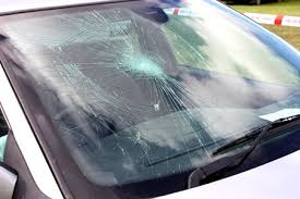 Professional Tips – How to choose a Car Glass Dealer